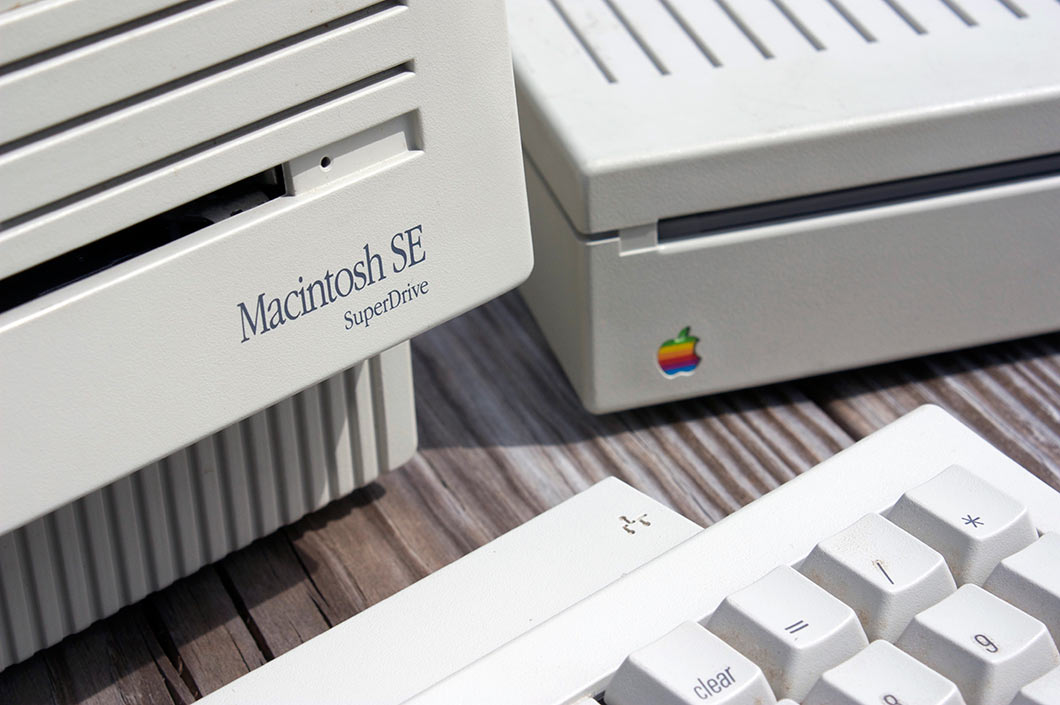 Apple Macintosh SE SuperDrive